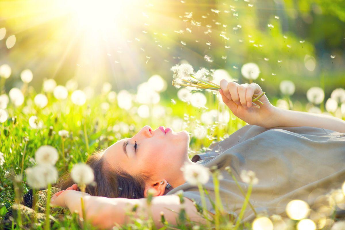 Suche gardło w przebiegu alergii – jak sobie pomóc?